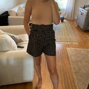 ZARA Belted Short